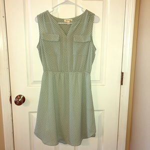 Monteau | Sleeveless Knee Length Dress Size L